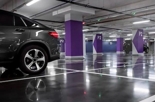 تعیین فضای مشخص برای پارک خودرو بهمنظور افزایش ایمنی و کاهش تصادفات