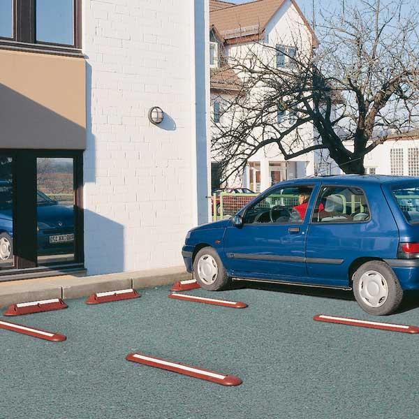 عدم نیاز به حضور راهنما از طریق تفکیک فضای پارکینگ
