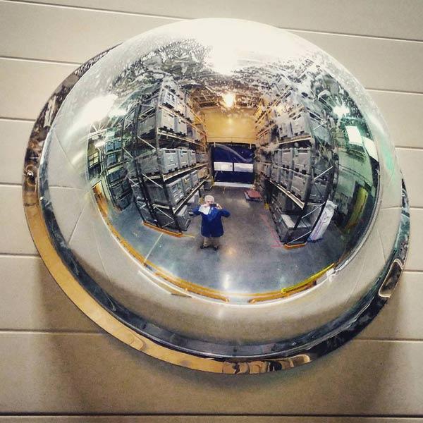آینه محدب 360 درجه، قابل نصب بر روی دیوار انبار
