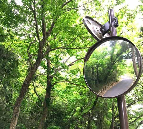 آینه محدب استیل مقاوم در برابر تغییرات آب و هوایی و مناسب نصب در جادهها
