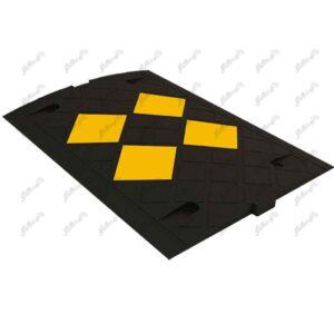 سرعت گیر لاستیک منجید دار با کیفیت بالا قابل استفاده در فضای پارکینگ و فضای باز